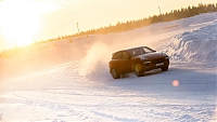 Walter Röhrl on ice with Cayenne GTS
